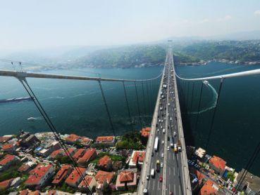 Fatih Sultan Mehmet Köprüsü yolunu aydınlatıyoruz!